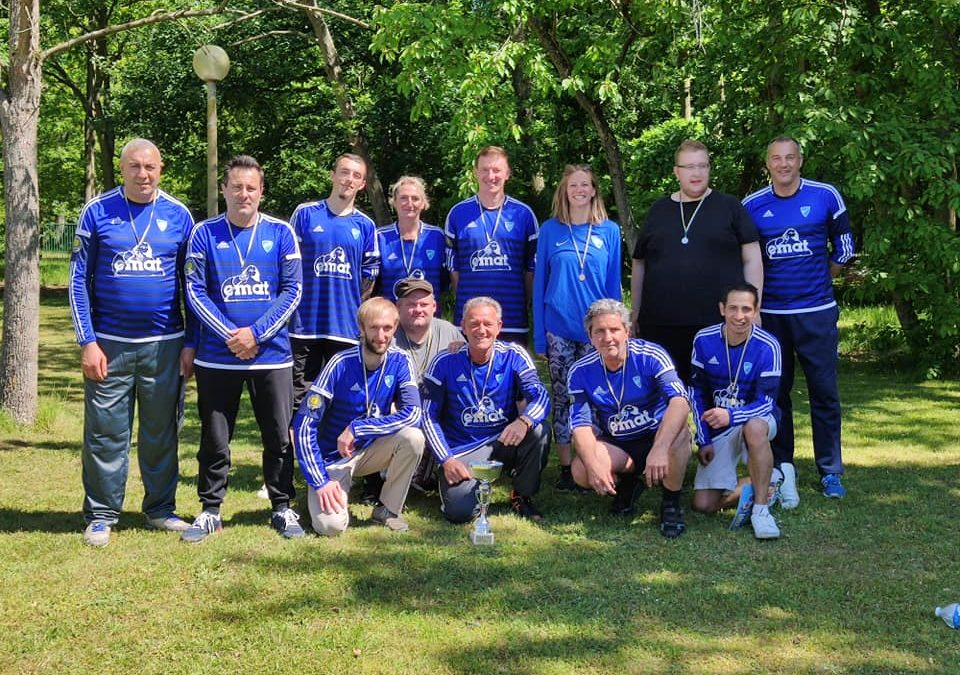 La team EPNAK du CRP remporte le tournoi de foot organisé par le C.O.Cléon Football
